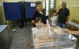 """Đa số dân Hy Lạp nói """"không"""" với yêu cầu của chủ nợ"""