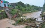 Mưa lũ ở Quảng Ninh: Nhiều tuyến đường, nhà cửa hư hỏng