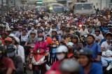 Chính phủ quyết định tạm dừng thu phí đường bộ với xe máy