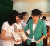 Đức Hòa trao 110 suất học bổng