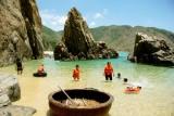 6 bãi tắm hấp dẫn du khách ở Nhơn Lý