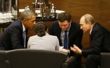 """Vụ khủng bố đẫm máu ở Paris thúc đẩy ông Obama """"bắt tay"""" với ông Putin"""