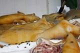 Phát hiện gần 5 tấn thịt lợn bẩn tuồn vào chợ Bình Dương