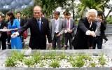 Lãnh đạo Đảng, Nhà nước dâng hương tưởng niệm Đại thi hào Nguyễn Du