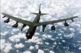 B-52 Mỹ bay sát đảo nhân tạo do Trung Quốc bồi đắp ở Biển Đông