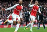 Arsenal ngược dòng giành chiến thắng nghẹt thở trước Leicester