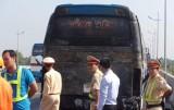Xe khách bốc cháy trên đường cao tốc, hàng chục hành khách hốt hoảng