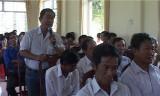 Bí thư Huyện ủy Vĩnh Hưng đối thoại trực tiếp với nhân dân