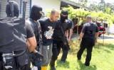 Malaysia bắt 15 đối tượng liên hệ với IS âm mưu tấn công khủng bố