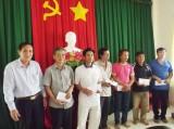 Hỗ trợ tiểu thương trong vụ cháy chợ Hậu Thạnh Đông