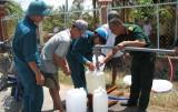 Tân Trụ: Thiếu nước sinh hoạt, hàng trăm hộ dân khốn khổ
