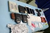 Bắt nhóm nghi phạm mang súng đi bán ma túy