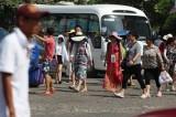 Chấn chỉnh việc khách Trung Quốc kinh doanh trái phép ở Nha Trang