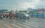 Tai nạn liên hoàn giữa 3 xe ô tô
