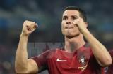 Cristiano Ronaldo đang tiến gần tới giấc mơ vô địch EURO 2016