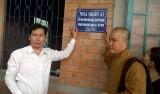 Huyện đoàn Thủ Thừa trao nhà nhân ái cho hộ nghèo