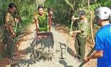 Công an Bến Lức chung tay xây dựng nông thôn mới