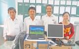 Agribank chi nhánh Long An tặng máy tính cho Trường Tiểu học Hướng Thọ Phú