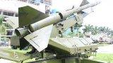 """Cận cảnh tên lửa SAM-2 từng """"vít cổ"""" máy bay B-52 của Mỹ"""