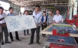 Hỗ trợ hộ kinh doanh máy in lụa tấm trần thạch cao
