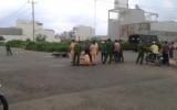 Xe máy va chạm ô tô cảnh sát, 1 người tử vong