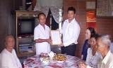 Vĩnh Hưng: Trao tặng nhà tình nghĩa cho gia đình chính sách