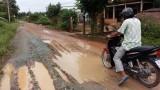 Sớm khắc phục tình trạng đường lầy lội ở xã Lợi Bình Nhơn
