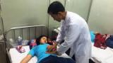 Hàng trăm công nhân đau bụng, nhập viện sau bữa trưa
