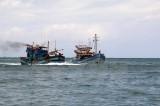 Quảng Bình: Cứu hộ 3 tàu cá cùng nhiều ngư dân gặp nạn trên biển