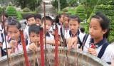 Giáo dục tinh thần yêu nước cho học sinh từ hoạt động thực tế