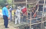 Thủ Thừa: Giải tỏa 35 trường hợp buôn bán lấn chiếm hành lang an toàn đường bộ Quốc lộ N2