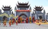 Hàng vạn người trẩy hội Xuân Yên Tử 2017