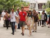 Khách Trung Quốc, Nga đến Việt Nam tăng mạnh