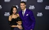 """Vì """"quý tử"""" Cristiano Jr, Ronaldo tiếp tục thuê người đẻ con"""