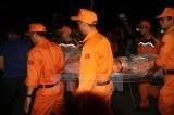 Bàn giao thi thể 7 thuyền viên tàu Hải Thành cho các thân nhân