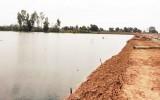 Hiểm họa đuối nước từ những hầm đất không rào chắn