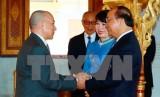 Thủ tướng yết kiến Quốc vương Campuchia Norodom Sihamoni
