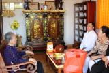 Báo Long An thăm Mẹ Việt Nam Anh hùng