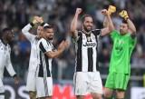 """Juventus khởi đầu hành trình """"ăn ba"""""""