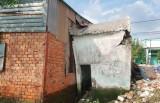Hàng chục hộ dân trước nguy cơ mất nhà do sạt lở