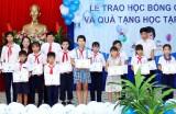 Hội Khuyến học huyện Cần Đước chăm lo cho học sinh, sinh viên nghèo