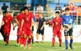 Giới chuyên môn bức xúc vì đội tuyển VN có tên Phí Minh Long