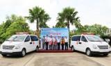 Agribank Chi nhánh tỉnh Long An tặng xe cứu thương cho ngành Y tế
