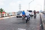 Thông báo tạm ngưng tất cả các loại phương tiện lưu thông qua cầu Tân An 1