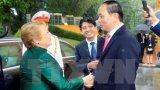 Chủ tịch nước Trần Đại Quang đón Tổng thống Chile Michelle Bachelet