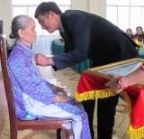"""Phong, truy tặng danh hiệu """"Bà mẹ Việt Nam Anh hùng"""" tại Tân Thạnh"""