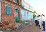 Kiểm tra tình trạng chuyển mục đích sử dụng đất và xây dựng trái phép tại hai huyện Cần Giuộc, Cần Đước