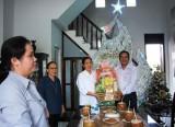 TP.Tân An: Thăm, chúc mừng giáng sinh các cơ sở tôn giáo