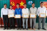 Thủ Thừa: Hội Nông dân huyện xếp thứ nhất trong Cụm thi đua 2017