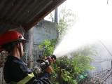 Hà Nội: Cháy nhà hàng cao 12 tầng, giải cứu an toàn 17 người mắc kẹt